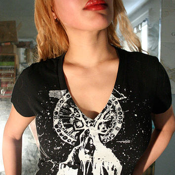wizard t shirt, witch tee, witches, heavy metal tees, occult t shirt, magician t shirt, black v neck, 1AEON black wizard vneck, t shirt L