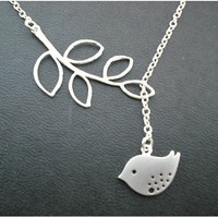 Cute Bird Branch Necklace Clavicle .. on Luulla