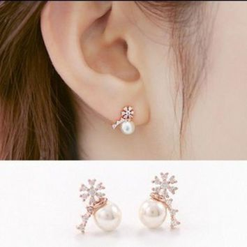 ONETOW Korean Accessory 925 Silver Floral Pearls Stylish Earrings [8740041607]