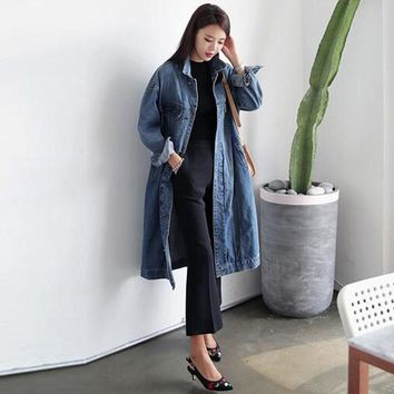 2017 Autumn  Women Long Sleeve Fashion Brief Jeans Coats Jacket Vintage Denim Blue Buttons Down Casual Loose Long Coat Cardigan