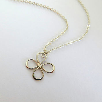 Clover Necklace. Four Leaf Clover Necklace. Sterling Silver Necklace. Good Luck. Dainty Necklace.