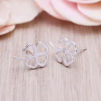 925 sterling silver lucky clover stud earrings