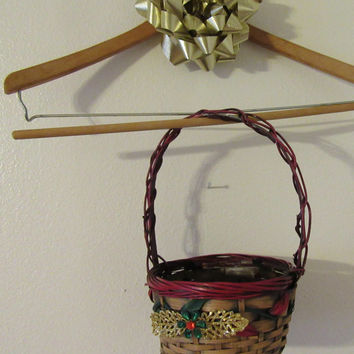Small Christmas Basket With Gold Glitter Leaves and Green and Red Crystal Flower Accent