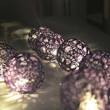 String Lights,Fairy Lights Wedding LED Lights, Party Lighting, Bedroom Decor lamps, 20 Purple Lace Crocheted balls, garland light