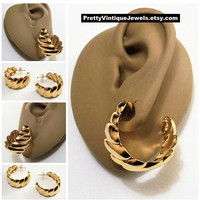 Avon Swirl Line Big Hoop Pierced Stud Earrings Gold Tone Vintage Scallop Edge Extra Large Round Open End Surgical Steel Posts