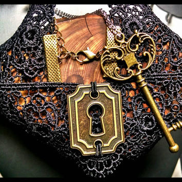RTS Handmade Choker Lock & Key Necklace Set Bronze Handcrafted Victorian Steampunk Lifestyle Jewelry Necklace Best Friends Gift Couples