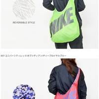 NIKE GRAPHIC REVERSIBLE TOTE (Lime Green)