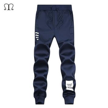 Spring Summer Mens Pants Fashion Skinny Sweatpants Mens Joggers Striped Slim Fitted Pants Gyms Clothing Plus Size 5XL Harem Pant
