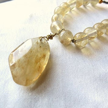 Rutilated citrine quartz necklace. Earthy, boho statement piece. Golden yellow raw crystal. Long, adjustable length, layering. Unique!