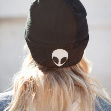 ALIEN EMBROIDERY BEANIE