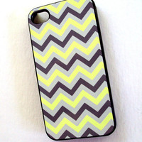 Neon Chevron iPhone 4 / 4S Case Unique Phone Cases - Fun and Pretty