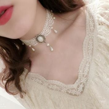 Victorian Choker with Pearl