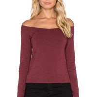 MONROW Retro Long Sleeve Off the Shoulder Top in Maroon