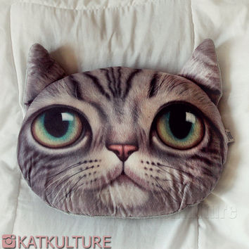 Feline Cat Face Throw Pillow Realistic Decorative Sofa Decor Stuffed Cushion Colorful Eyes Kitten Striped White Kids Catlovers Cute Kitty