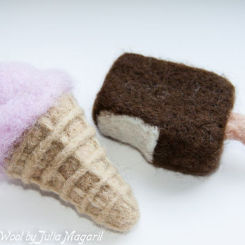 Needle felted play food ice-cream. 2 pcs. 100% wool. Handmade.