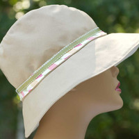 Cotton Summer Hat in Beige/Tan with Harlequin Hatband | Reversible to Neutral Cream | Medium Wide Brim