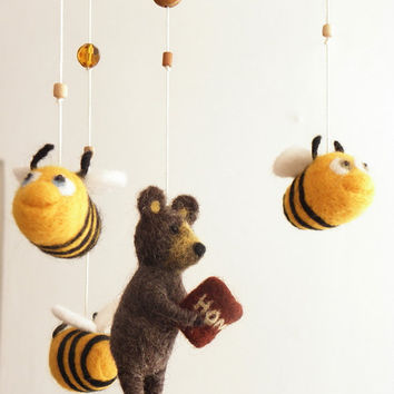Bear and bees  Mobile for baby, needlefelted bear nursery mobile, nursery decor for kids room, crib decor