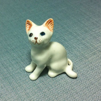 Miniature Ceramic Cat Kitty Kitten Sitting Animal Cute Little Tiny Small White Figurine Statue Craft Decoration Collectible Hand Painted