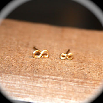 16 gauge Infinity Cartilage Earring, Cartilage Earrings, Infinity Cartilage Stud, tragus cartilage, Nose