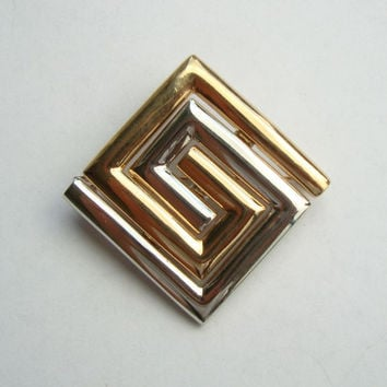 Lady Remington - Lia Sophia Modernist Geometric 2-Tone Brooch 1980s Jewelry