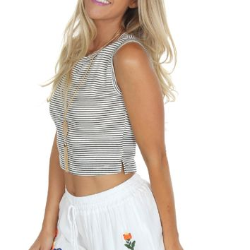 Embroidered Pom Shorts