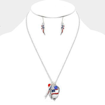 """""""I Love U.s.a."""" American Flag Wing Charm Necklace"""