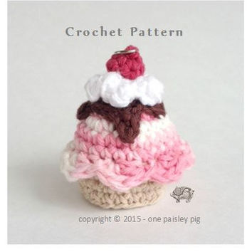Ice Cream Sundae eos Holder - PDF CROCHET PATTERN - fits eos & similar sized lip balm