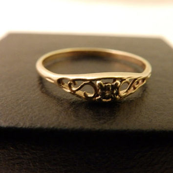 Mothers Day Sale Size7, Vintage JCM 10k Yellow Gold Diamond Ring