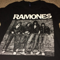 Sale!! Vintage RAMONES punk t shirt casual black punk rock pop band tee Free US Shipping