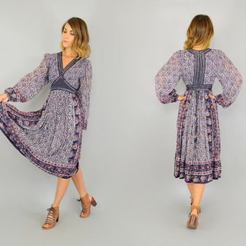 """Rare 70's INDIAN GAUZE boho folk """"Interlinks   London"""" hippie gypsy ethnic Hand-Painted Quilted DRESS, extra small-small"""