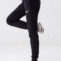 Nike Woman Black Sports Casual Trousers Pants