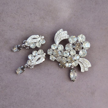 Vintage 1960s Eisenberg Ice Flower Brooch Pin, Clip On Non Pierce Earrings, Grey Clear Rhinestone, Womens Estate Jewelry Demi Parure Set