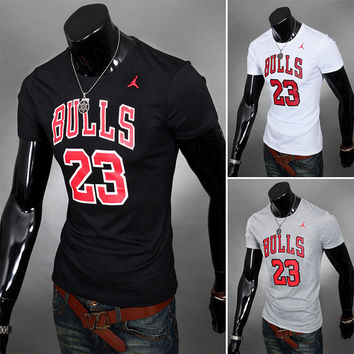 Fantastyczny Chicago Bulls Jordan Tee from Sneak Outfitters | Clothes SN02
