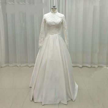 Lace Muslim Wedding Dresses Long Sleeves High Neck Beads Wedding Gowns