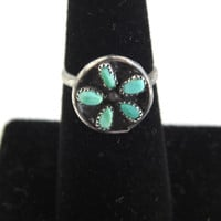 Vintage Native American Sterling Silver & Turquoise Ring - Zuni
