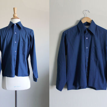 1960s Men's Navy Blue Button Down Collared Shirt by Royal Knight // Medium