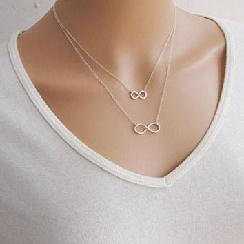 NOV9O2 Lucky number eight double necklace