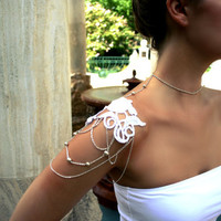 Rose and Pearl Lace Shoulder Harness Necklace