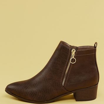 Pointy Toe Snake Embossed Low Heel Ankle Boots