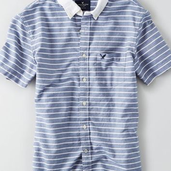 AEO Men's Striped Short Sleeve Oxford Shirt (Blue)