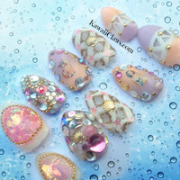 Ombre beachbunny Pinup Girl 3d false fake nail art with studs, shells, lattice design