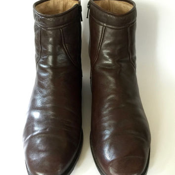 BALLY!!! Vintage 80s 'Bally' mens chocolate brown leather ankle boots with curved panels and leather lining / Size 45 / Made in  Italy