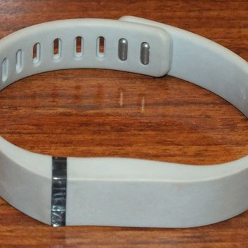 Fitbit Flex Light Gray Bluetooth Wireless Activity + Sleep Tracker! (Size Large)