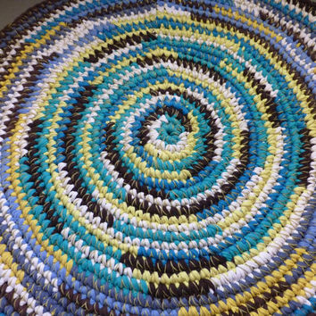 Round Rag Rug Blue White Yellow Brown 29 Inches