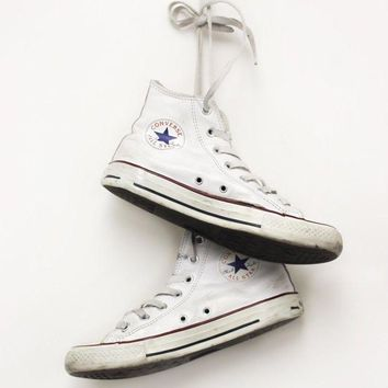 VONE05D white leather converse all star hightops