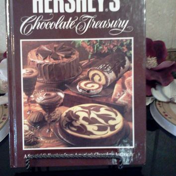 Hershey's Chocolate Treasury Cookbook