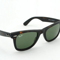 Ray ban Wayfarer RB2140 Sunglasses Tortoise New In Box