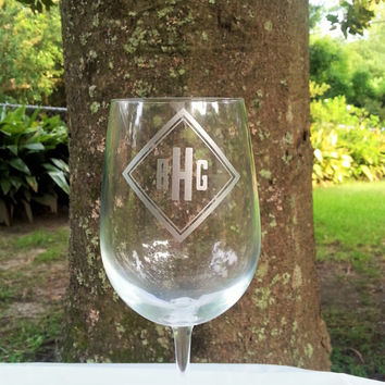 Monogrammed Diamond Shaped Etched Wine Glass, Personalized Beer Glass, Cocktail Glass