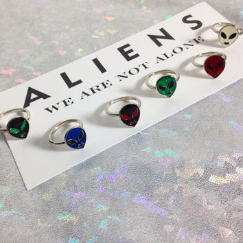 Alien Ring / Aliens / 90s Ring / 90s Alien / Grunge / Soft Grunge / 90s Jewelry / Mid Rings / Mid Ring