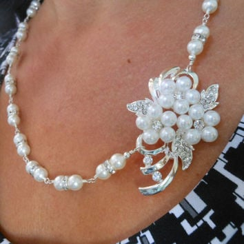 Bridal Necklace, Wedding Day Jewelry, Brooch Necklace, Rhinestone and Pearl Necklace,Victorian, Mother of the Bride Necklace, Bridal Pearls
